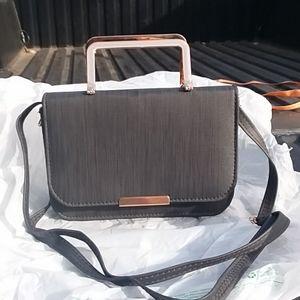 💙 New, no tags.  Black purse